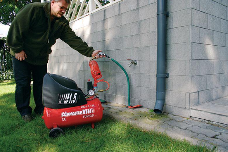 Компрессор для продувки труб водоснабжения в доме и на даче