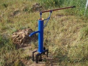 Абиссинская водоносная скважина своими руками