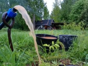 Что делать, если в колодце мутная вода - методы решения