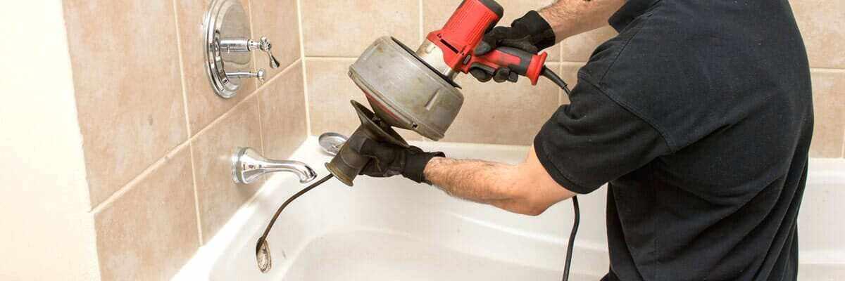 Как прочистить канализацию и устранить засор в трубе самому