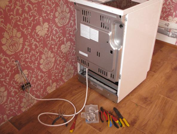 подключение электроплиты через колодку