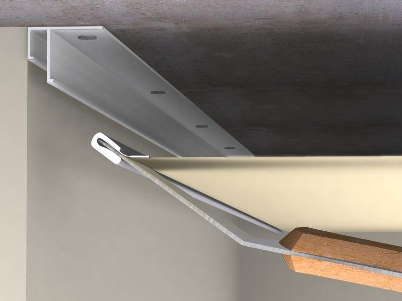 На сколько сантиметров опускается натяжной потолок при установке